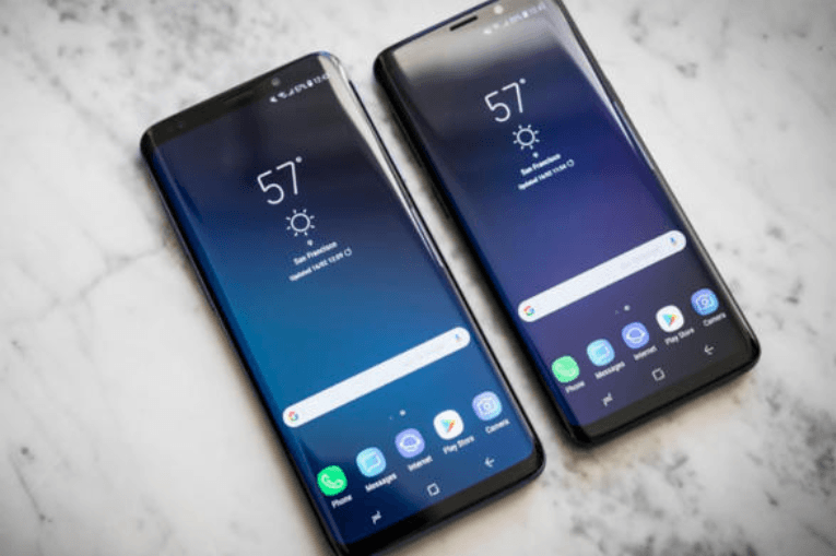 Galaxy S10 and Galaxy Note 10